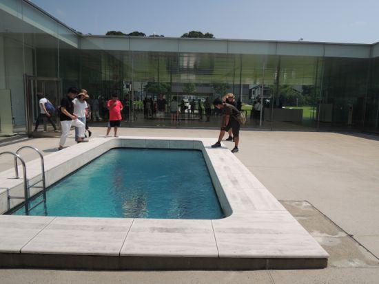 金沢21世紀美術館 スイミング・プール