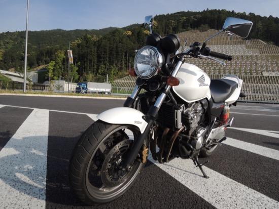 CB400SF_前輪